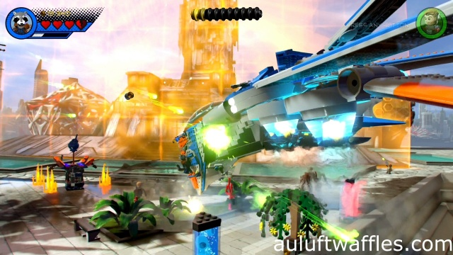 Destroy Ship attacking Your Ship Level 1 LEGO Marvel Super Heroes 2