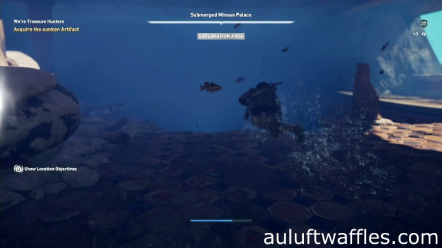 Swim down to the lower area through the hold in the ground to acquire the sunken artifakt in We're Treasure Hunters on Keos in Assassin's Creed Odyssey